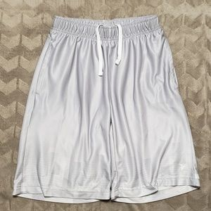 5 for $25 Old Navy Active go-dry sz L(10/12)shorts